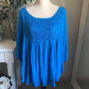 ONE WORLD Blue Boho Crochet Top, Size Large